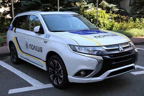 «Mitsubishi Outlander для копов»: когда полиция «пересядет» на новые авто 1