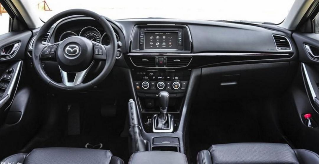Обновленную Mazda 6 «рассекретили» во время дорожных испытаний 2