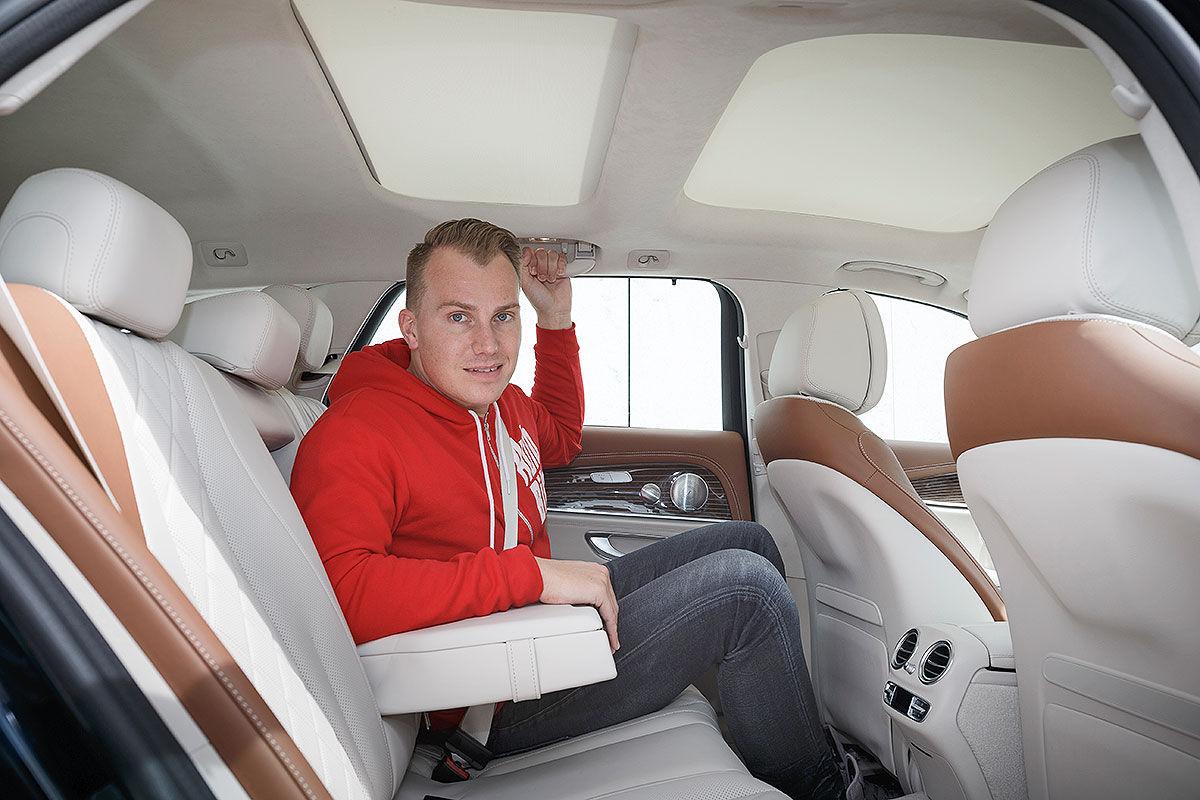 «Красивый снаружи, маленький внутри»: тест-драйв Mercedes E-class T-Model 3