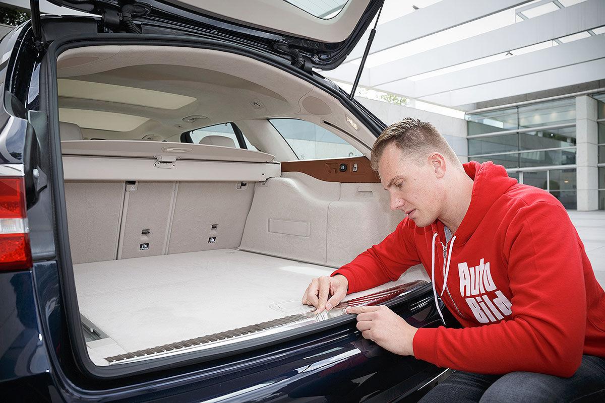 «Красивый снаружи, маленький внутри»: тест-драйв Mercedes E-class T-Model 1