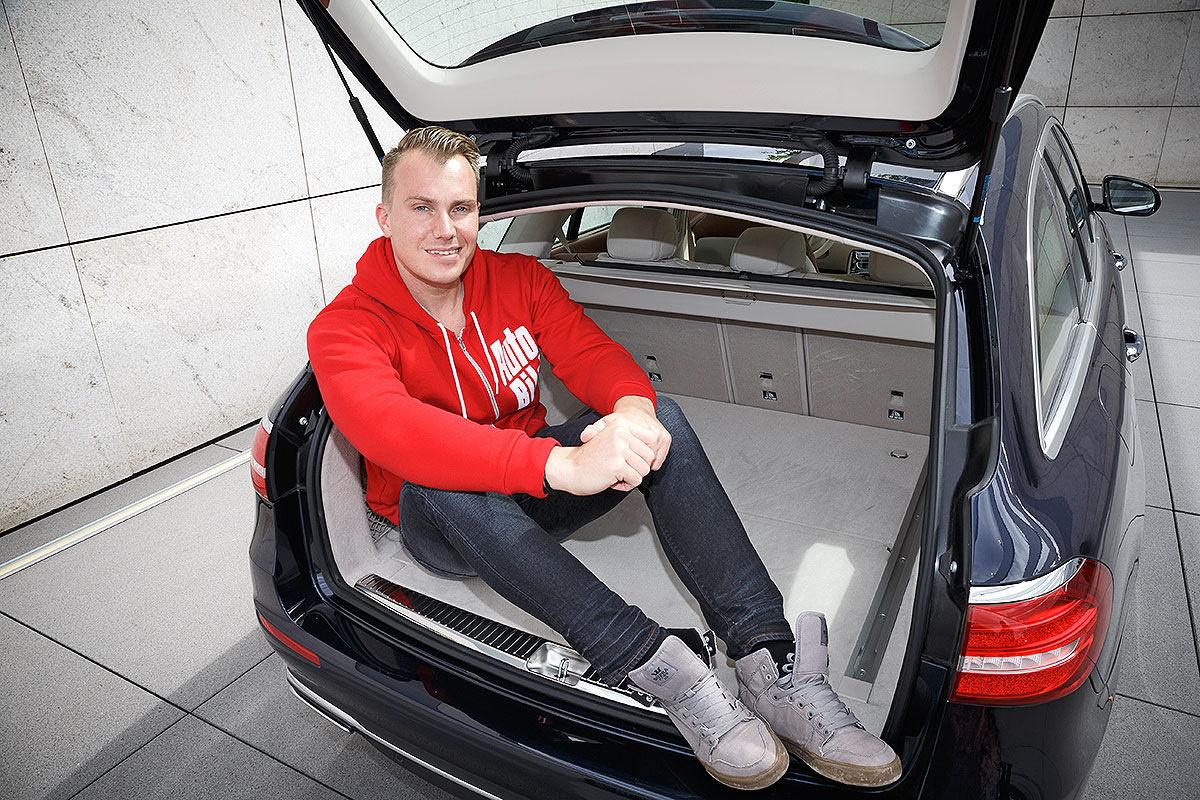 «Красивый снаружи, маленький внутри»: тест-драйв Mercedes E-class T-Model 2