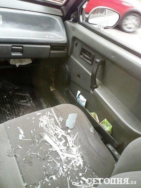 Водитель разбил машину, которая помешала ему ехать «по встречке» 1