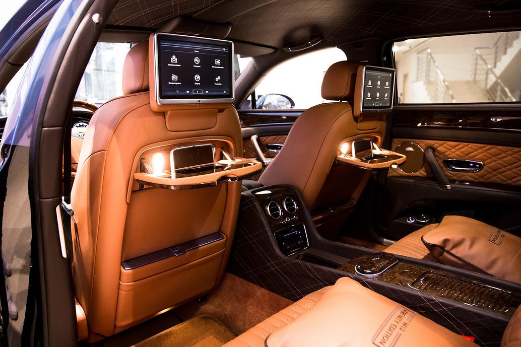 Bentley создала автомобиль, посвященный советским летчикам 3