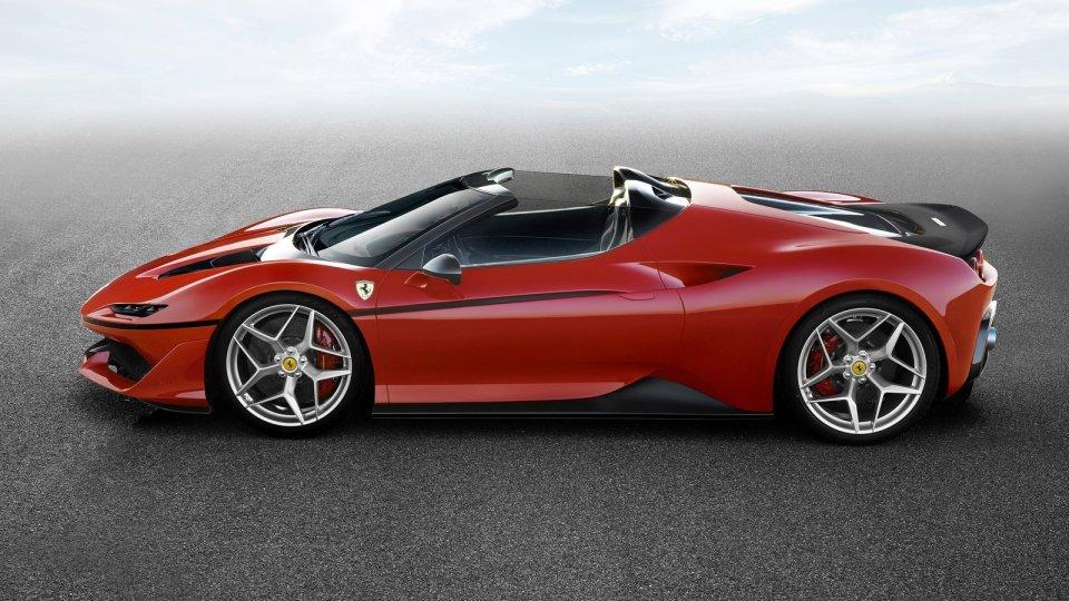 Бренд Ferrari представил свою новинку 1
