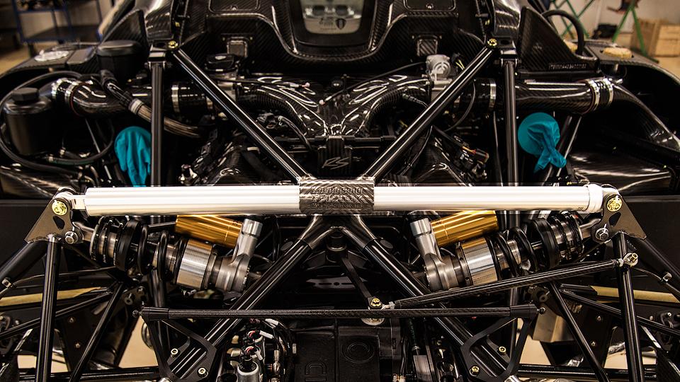 Koenigsegg научился удаленно настраивать подвеску гиперкаров 2
