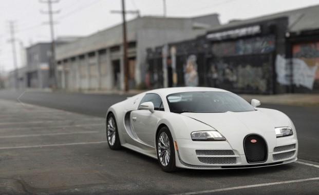 Последний экземпляр купе Bugatti Veyron уйдет с молотка 1