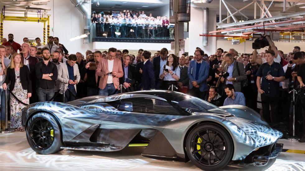 Aston Martin «вынашивает бомбу» 1