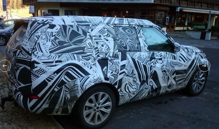 «Загадочный» Land Rover Discovery засекли на трассе 3