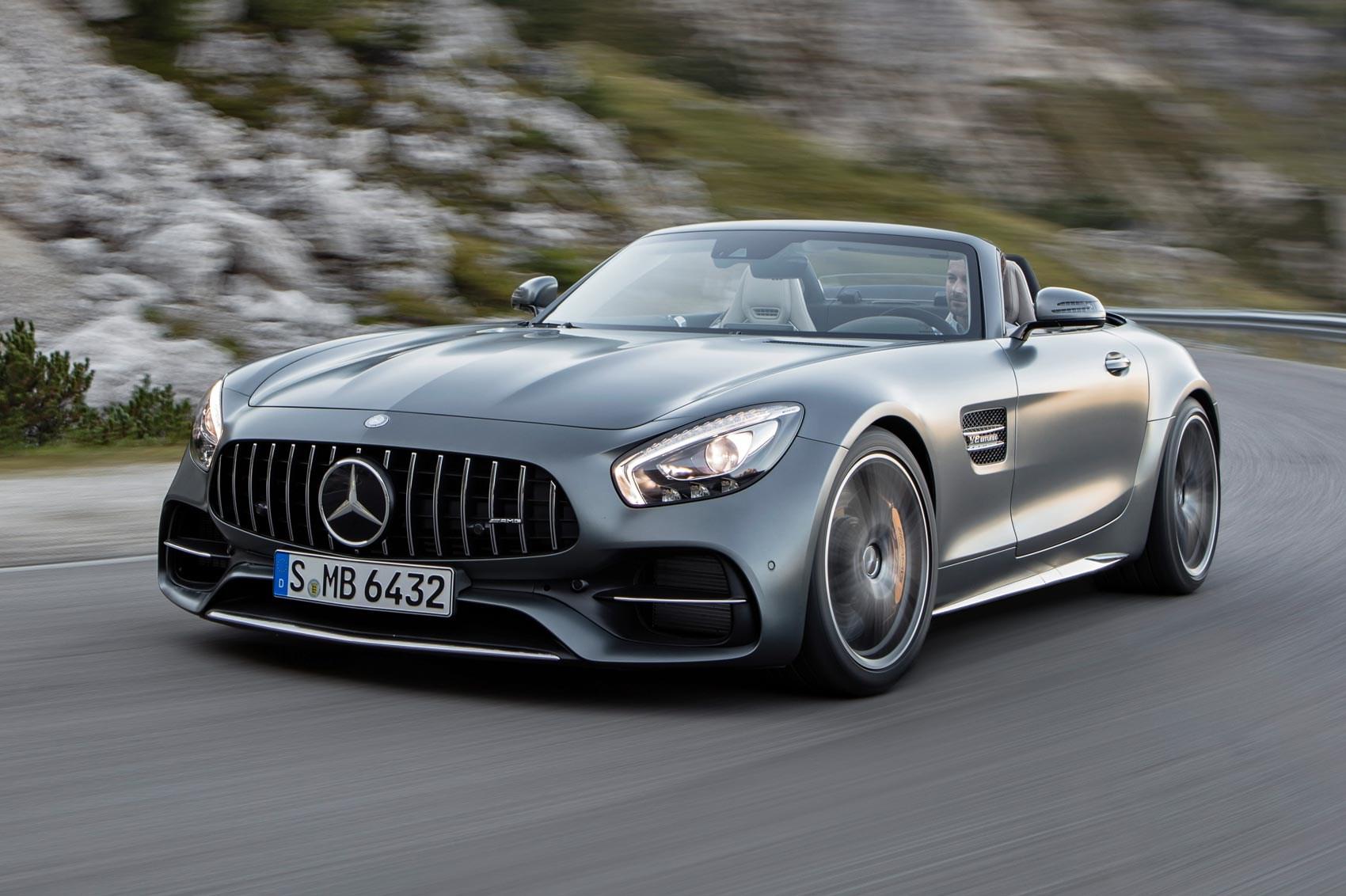 Mercedes-AMG может выпустить еще две версии GT 1