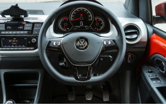 Volkswagen назвал цены обновленного субкомпакта 2