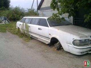 Единственный лимузин Украины продается как груда металлолома 2