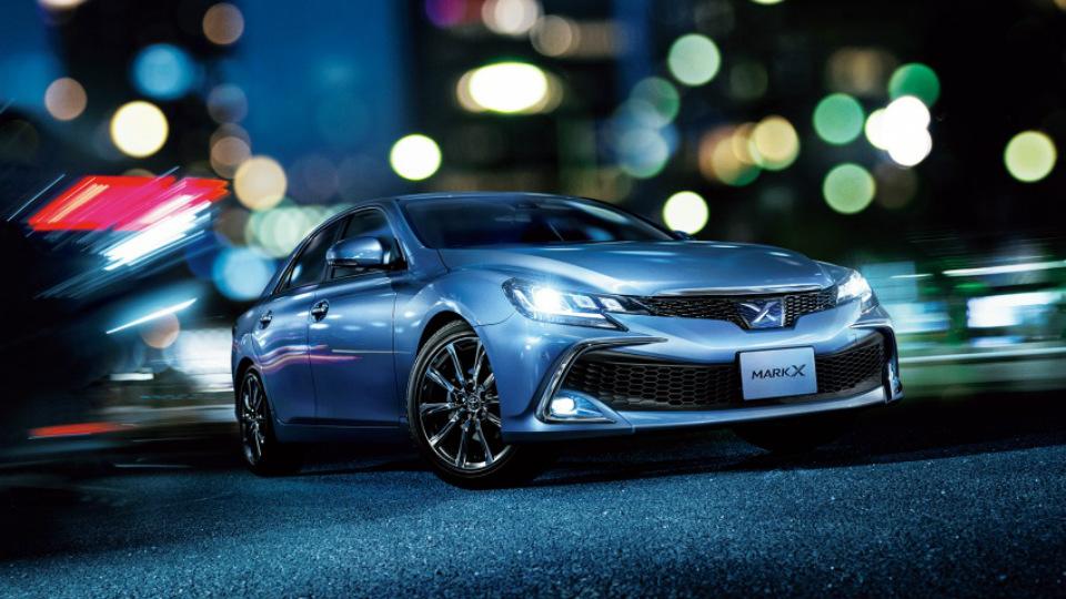 Toyota Mark X «научится» не сбивать пешеходов 1