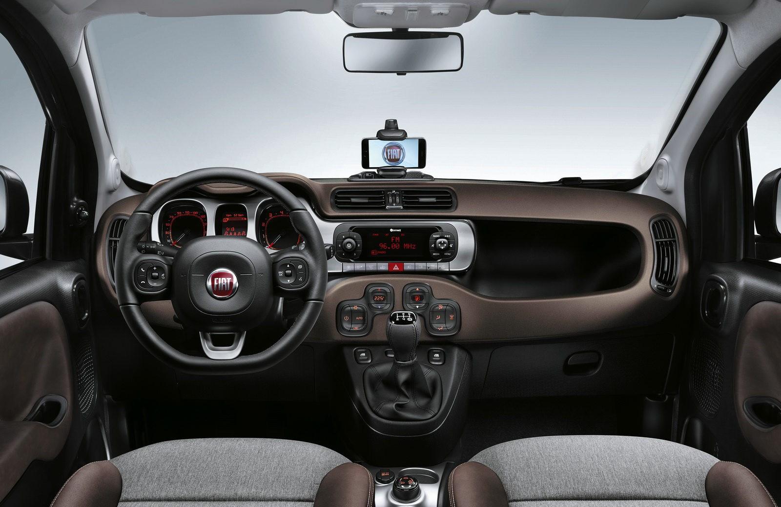 Fiat Panda прихорошили к Парижскому автосалону 2