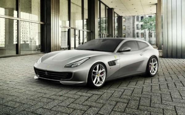 Ferrari презентовала новую серийную модель 1