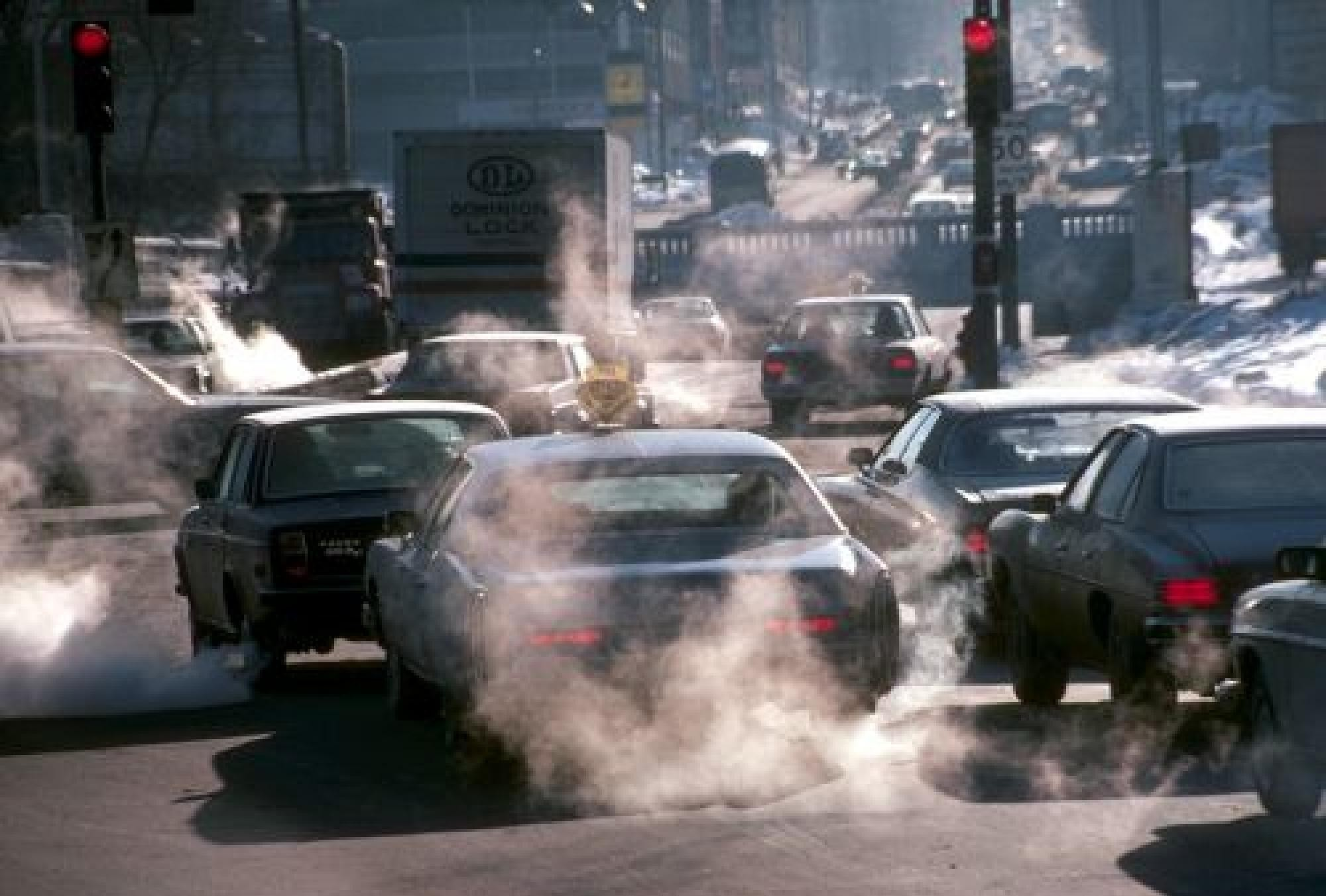 Ученые думают, как добыть энергию из автомобилей, простаивающих в заторах 1