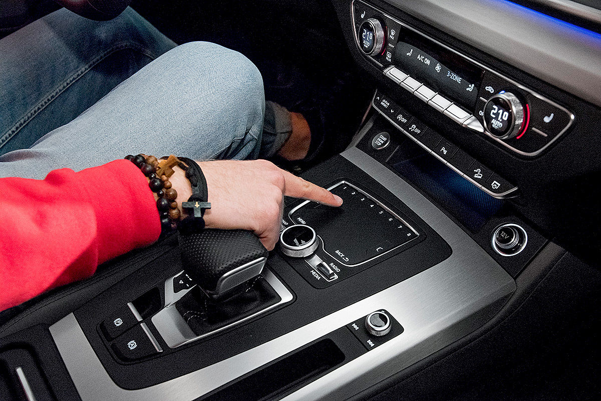 «Обновленный, но не слишком»: тест-драйв Audi Q5 3