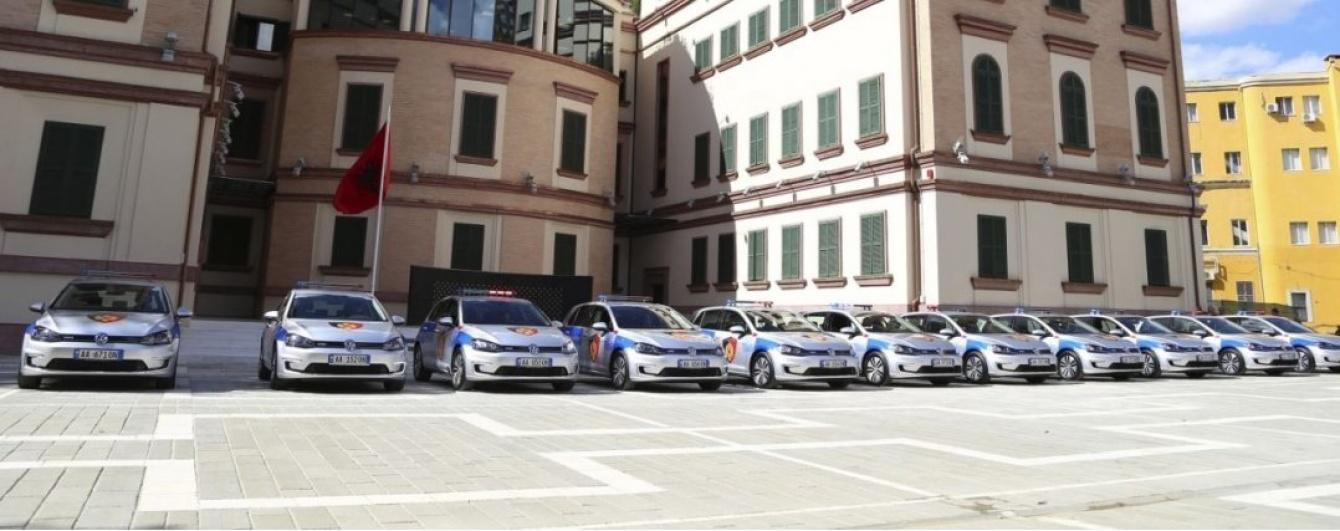 Полицейских пересадят на электромобили 1