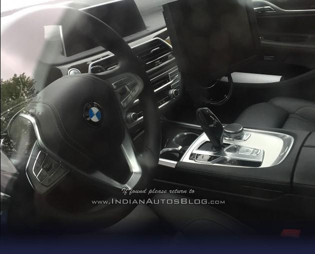 Рассекречен салон новой «пятерки» BMW 1