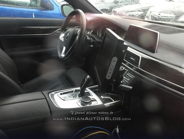 Рассекречен салон новой «пятерки» BMW 2