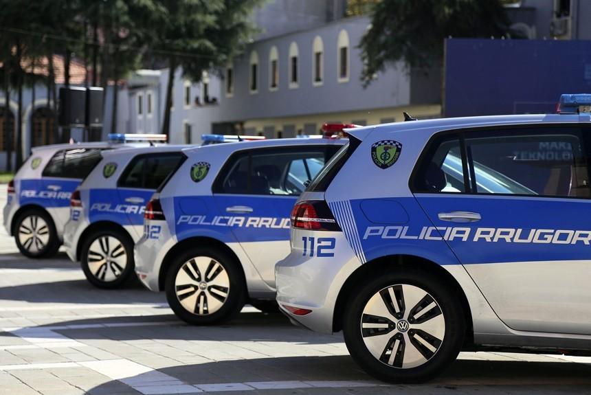 Полицейских пересадят на электромобили 3