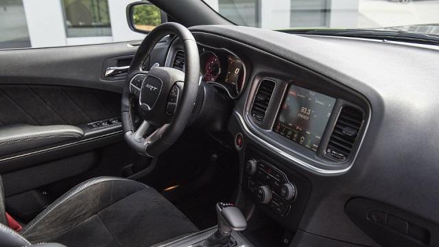 Немецкое тюнинг-ателье добавило мощности седану Dodge Charger 2