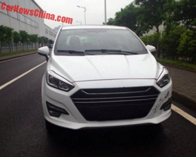 Китайская компания Lifan скопировала Ford S-Max 2