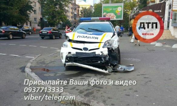В Киеве смертельное ДТП с участием полицейских 1