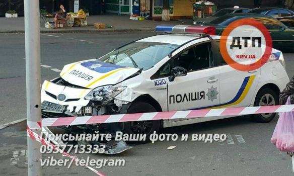 В Киеве смертельное ДТП с участием полицейских 2
