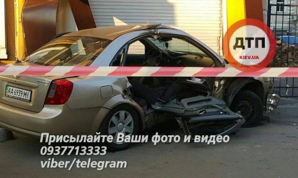 В Киеве смертельное ДТП с участием полицейских 3