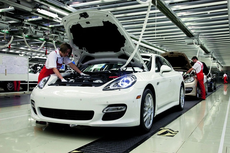Сотрудники Porsche получат рекордные премии 1