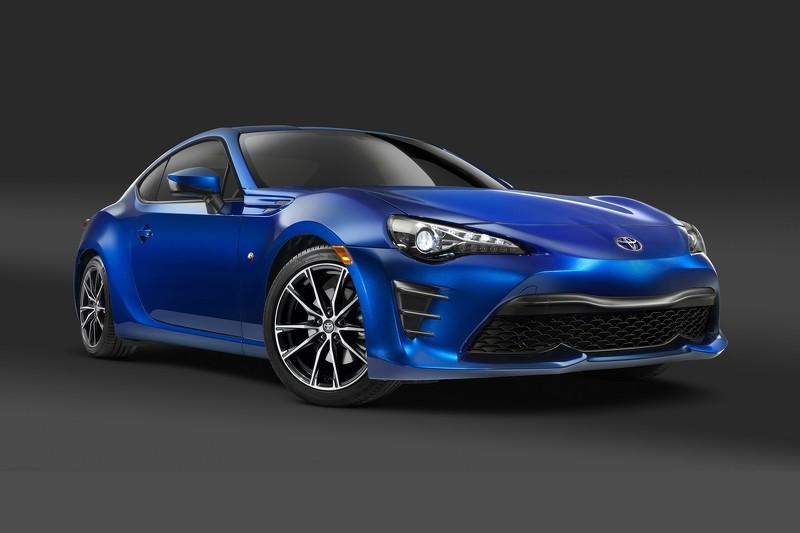 Toyota презентует обновленную модель GT86 1