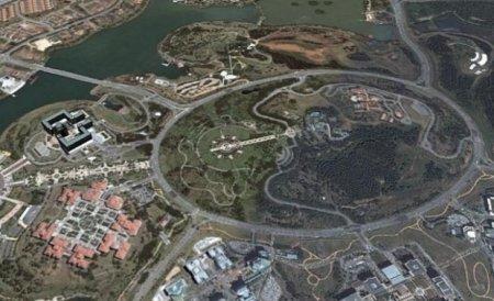 Самый большой в мире перекресток имеет площадь 920 тысяч квадратных метров 1