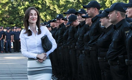 Украинская полиция пересядет на Toyota RAV4 1