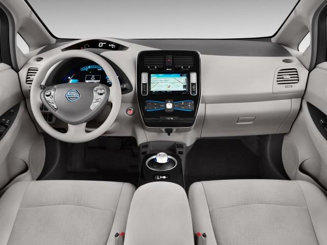С конвейера сошел 50 000-й Nissan Leaf 3