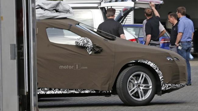 В Сети появились шпионские фото нового Audi Q3 1
