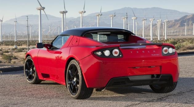 Новая модель Tesla Motors стала неожиданностью для автолюбителей 3