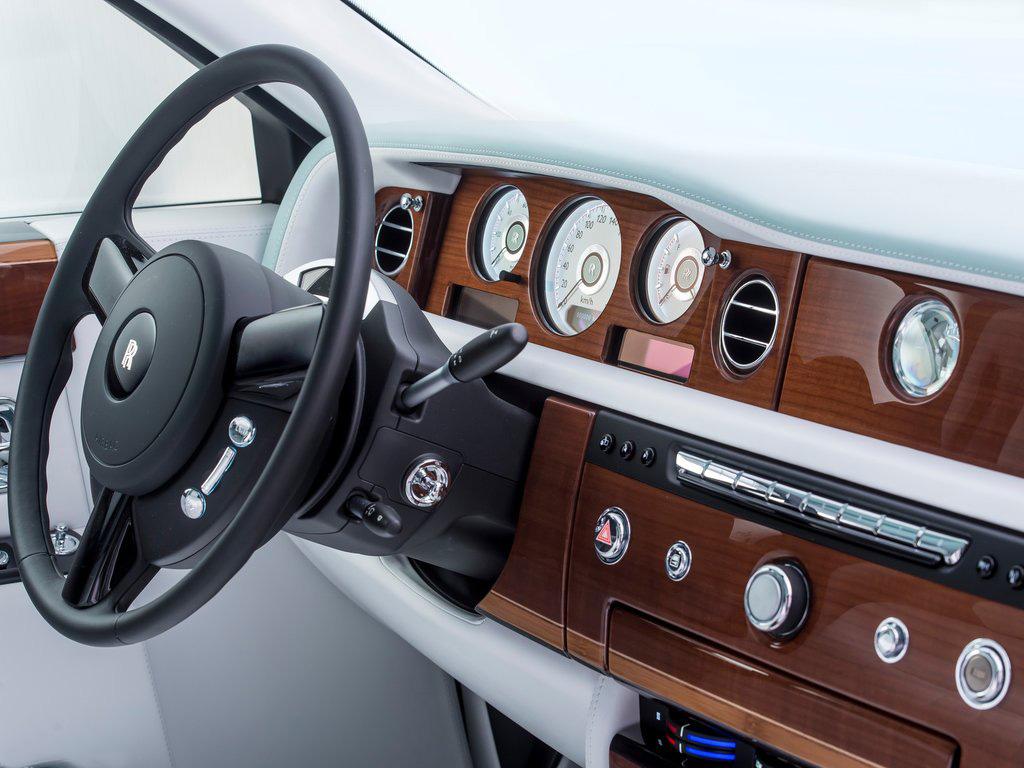 Марка Rolls-Royce выпустит «прощальную» серию Phantom 2