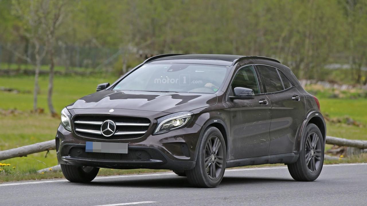 Mercedes-Benz тестирует компактный Гелендваген 1
