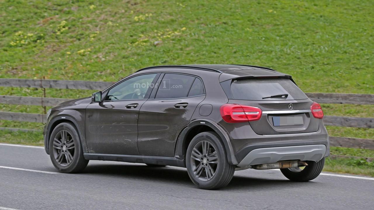 Mercedes-Benz тестирует компактный Гелендваген 2