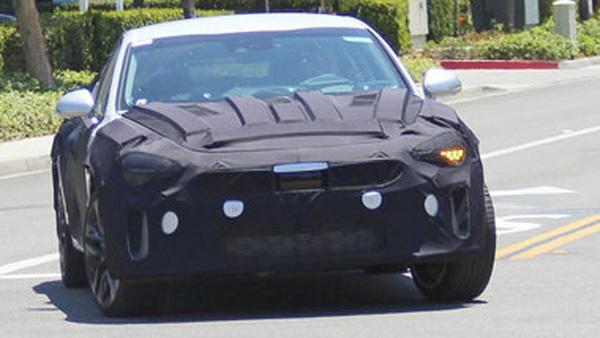 Новый седан Kia вышел на дорожные испытания 1