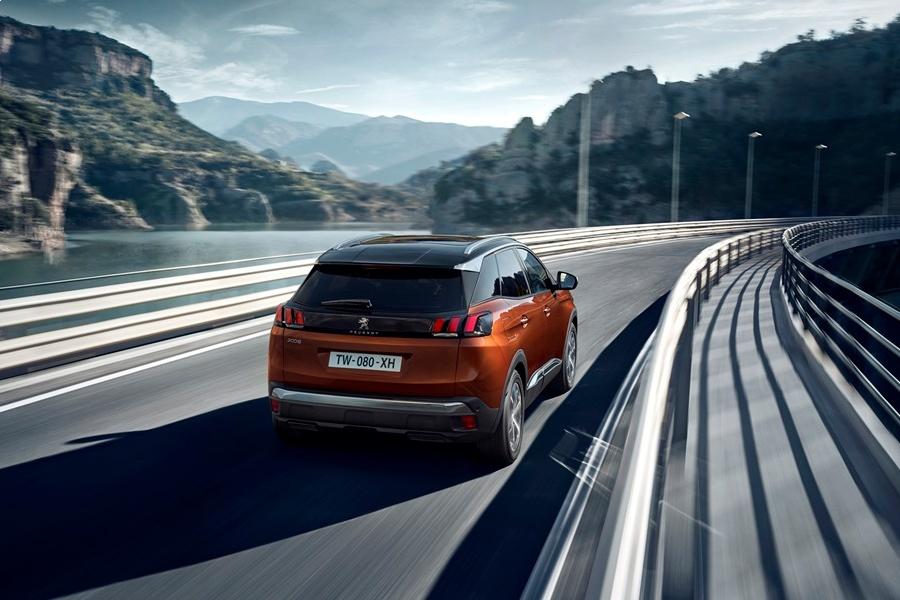 Компания Peugeot рассекретила новый кроссовер 2