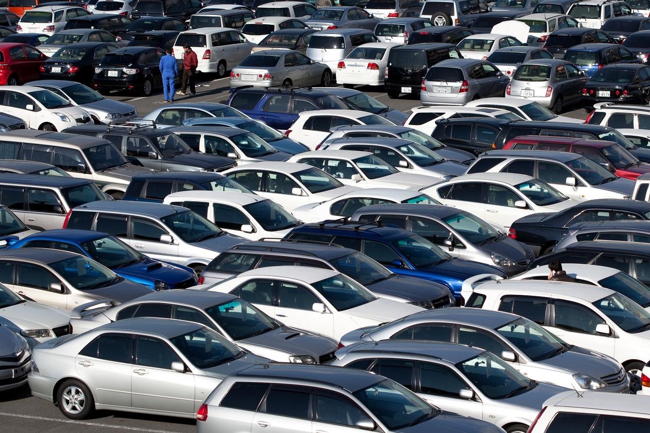 В Украине стремительно увеличивается импорт автомобильного транспорта 1