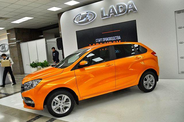 С завода АвтоВАЗ угнали выставочный экземпляр Lada XRAY 2