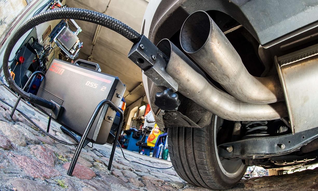 30 из 50 немецких авто имеют повышенный уровень выбросов CO2 1
