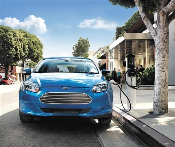 Новый Ford Focus презентуют в следующем году 2