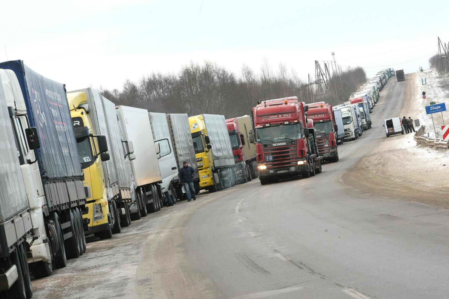 В Украине могут запретить передвижение на грузовых автомобилях массой более 40 тонн 1