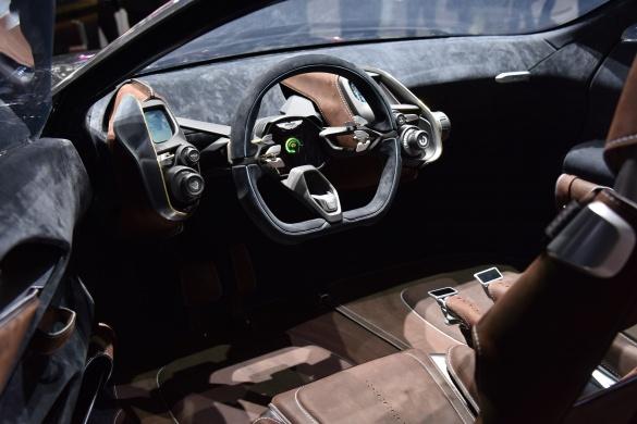 Aston Martin представит свой первый кроссовер в 2020 году 3