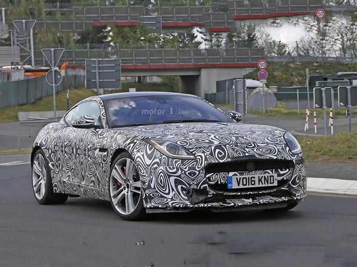 Компания Jaguar тестирует конкурента Porsche 718 Cayman 1