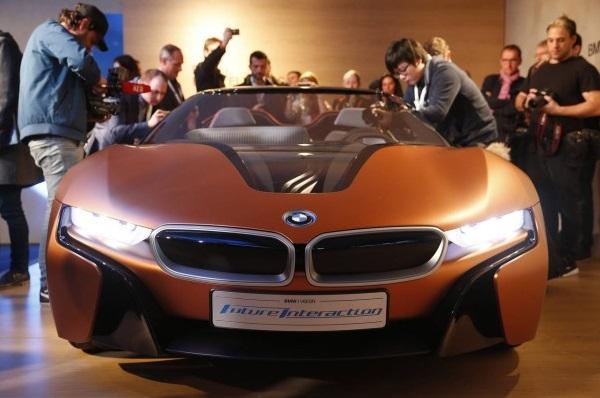 Новый BMW «i» получит автономное управление 1