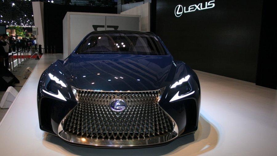 Через полгода состоится премьера седана пятого поколения Lexus LS 1